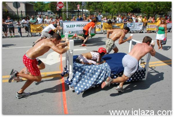 Halloween-Bed-Race