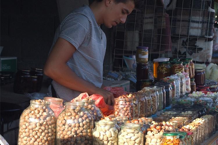 Орехи в Крыму действительно свежие и вкусные