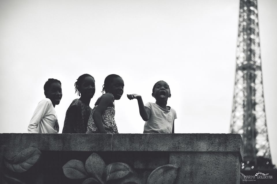 В Париже не у всех детство одинаковое. Фото - Маши Григорян